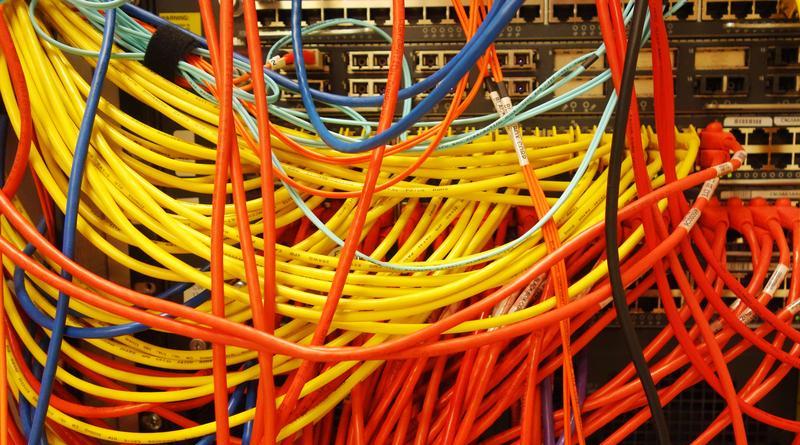 Aruba hace alianza para integrar redes industriales